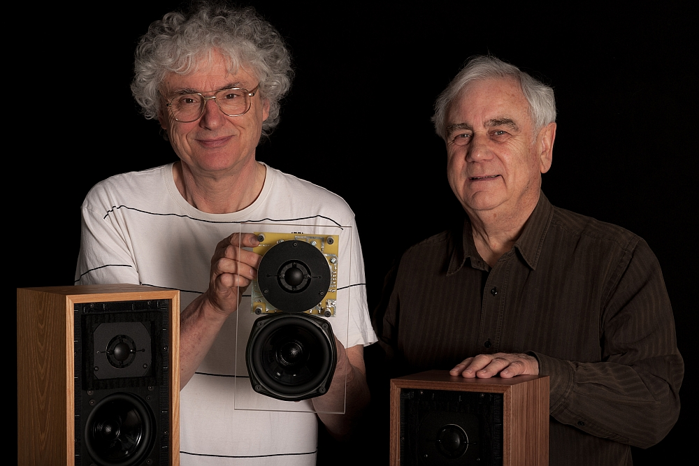 Jerry Bloomfield (left) and Malcolm Jones of Falcon Acoustics seen here with the LS3/5a. Bloomfield is seen with the key components of the LS3/5a, the Kef B110 bass/midrange and the Kef T27 tweeter which was manufactured by KEF until 2000 when it stopped production. The B110 and T27 used in the Falcon LS3/5a are handmade by Malcom Jones himself! That explains the Falcon LS3/5a's limited production status.
